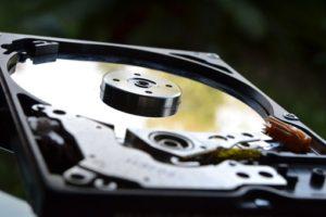 Восстановление данных с неисправного диска
